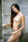Nude girl from Domai